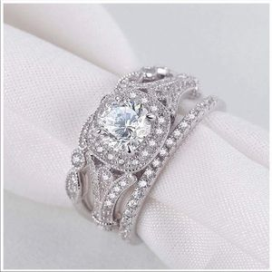 Accessories - Stacked rings jewelry diamond set